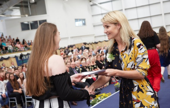 Seize your moment, Helen Skelton tells students image