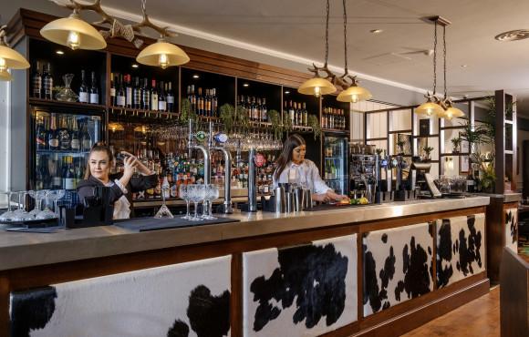 New steakhouse sets taste buds tingling at Flemingate image