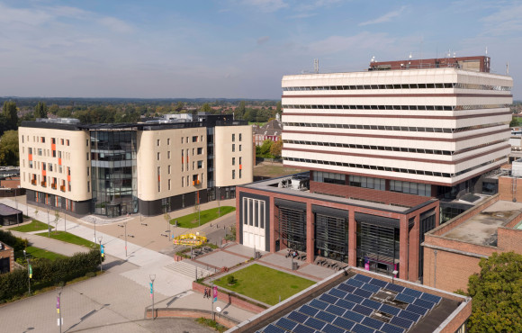University of Hull partners with Siemens to create 2027 carbon-neutral roadmap image