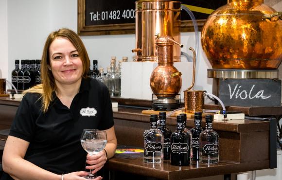 Award-winning Hull gin school heads to Leeds image