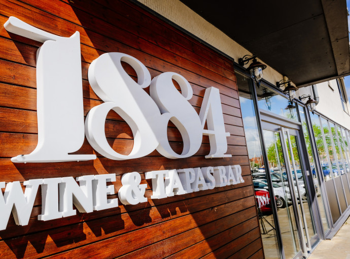 1884 Wine & Tapas Bar aims for perfect 10 with big anniversary feature image