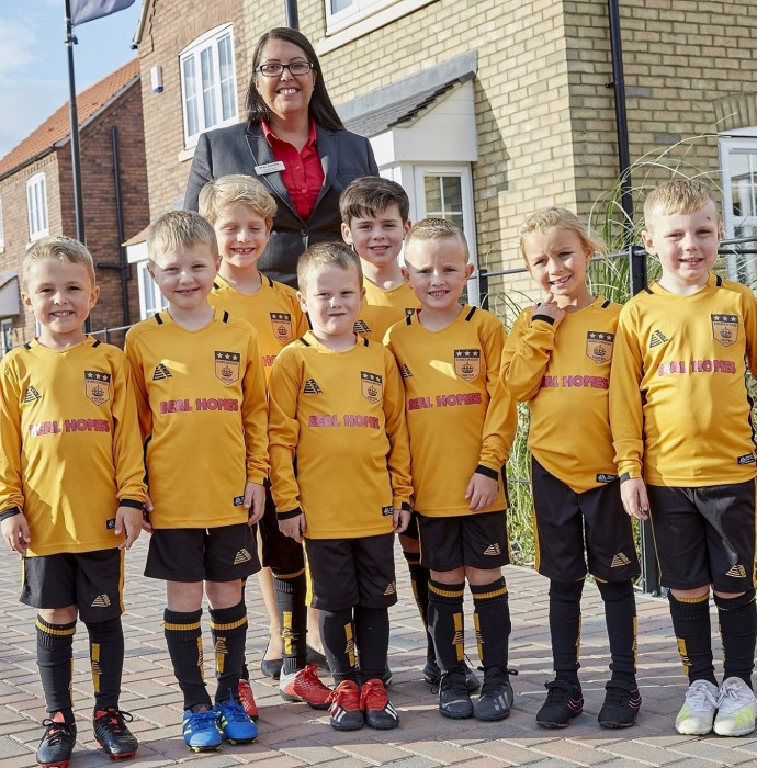 Beal's backing scores with Kingswood football club feature image